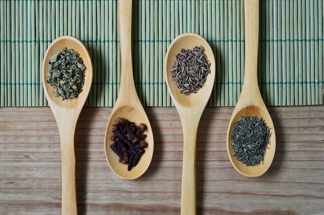 ハーブ調味料オレガノの使い方・フレッシュと乾燥や長期保存も